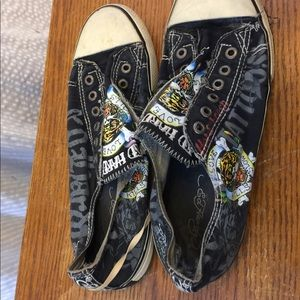 Smelly stinky used Ed Hardy canvas shoes size 9